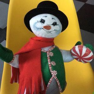 """17"""" ANNALEE Snowman peppermint candy mobiltee doll"""